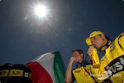 Giorgio Pantano en la parrilla de salida