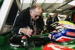 Sir Jack Brabham wishes good luck to Mark Webber
