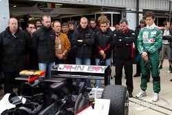 Bas Leinders, Zsolt Baumgartner, Gianmaria Bruni, Paul Stoddart, Mark Webber and Minardi team member