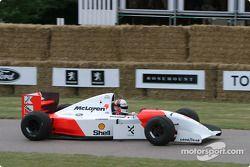 Gil de Ferran dans une McLaren de 1993