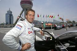 Bernd Schneider on the starting grid