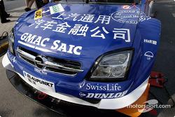 Un message sur l'Opel de Marcel Fassler