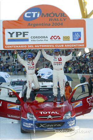Podio: ganadores Carlos Sainz y Marc Marti