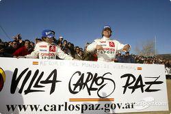 Carlos Sainz y Marc Marti celebran su 26ª victoria en el WRC