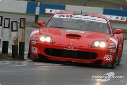 La Ferrari 550 Maranello n°2 de la BMS Scuderia Italia (Fabrizio Gollin, Luca Cappellari)