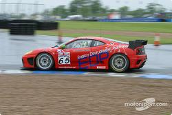 La Ferrari 360 Modena n°65 de la Scuderia Ecosse (Andrew Kirkaldy, Nathan Kinch)