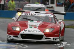 La Ferrari 575 M Maranello n°13 de G.P.C. Giesse Squadra Corse (Gianni Morbidelli, Emanuele Naspetti)