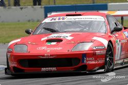 La Ferrari 550 Maranello n°1 de la BMS Scuderia Italia (Gabriele Gardel, Matteo Bobbi)