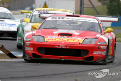 La Ferrari 550 Maranello n°3 du Care Racing (Enzo Calderari, Stefano Livio, Lilian Bryner)