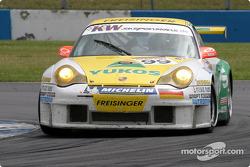 La Porsche 996 GT3 RSR n°99 du Freisinger Motorsport (Sascha Maassen, Lucas Luhr)