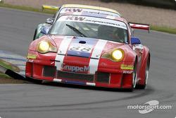 La Porsche 996 GT3 RSR n°88 de Gruppe M (Tim Mullen, Jonathan Cocker)