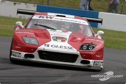 La Ferrari 575 M Maranello n°13 de G.P.C. Giesse Squadra Corse (Gianni Morbidelli, Emanuele Naspetti
