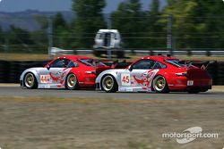 #44 Flying Lizard Motorsports Porsche 911 GT3 RSR: Lonnie Pechnik, Seth Neiman and #45 Flying Lizard Motorsports Porsche 911 GT3 RSR: Johannes van Overbeek, Darren Law