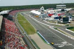 Race action from top, Stadium