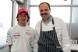 Cristiano da Matta ve famous chef Johann Lafer, who prepared a dinner for konukları, Panasonic Toyot