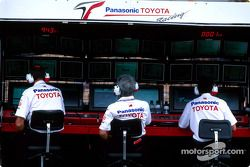 Le muret des stands Toyota Racing