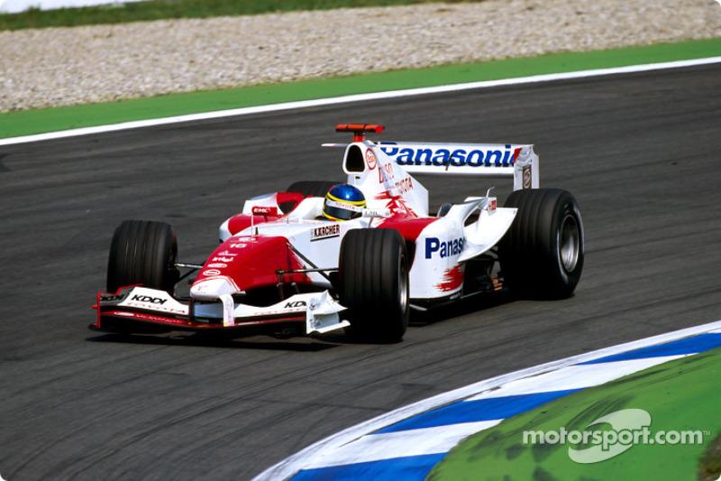 9 -Cristiano da Matta, Toyota - 2004