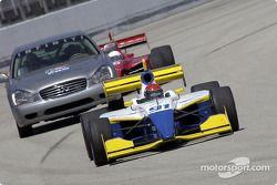 Paul Dana devant le Pace Car