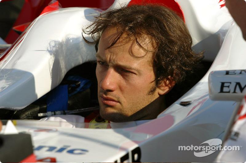 Cristiano da Matta - 2003 e 2004 - 28 corridas