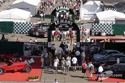 Les paddocks du Mans Classic