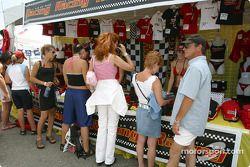 Les fans de Trois-Rivières dans les boutiques