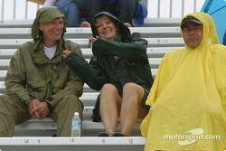 Les fans à Trois-Rivières s'amusent malgré la météo