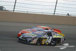 Casey Atwood et Clint Bowyer