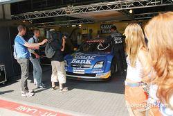 Le garage de l'OPC Team Phoenix