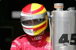 Un membre de l'équipe Audi Sport