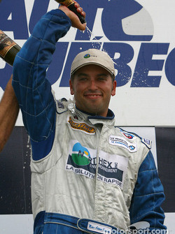 Podium GTO : champagne pour Marc-Antoine Camiret