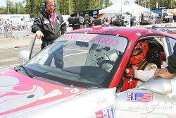 A cause d'un changement de moteur tardif, Johannes van Overbeek, pilote de la Porsche 911 GT3 RSR n°