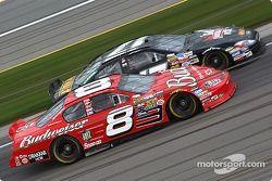 Matt Kenseth et Dale Earnhardt Jr.