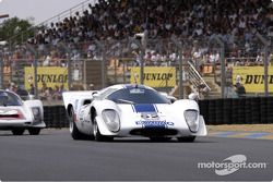 Grille 5-52-Lola T70