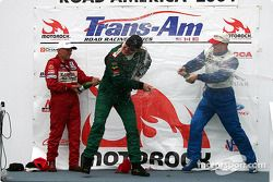 Podium : champagne for Tommy Kendall, Randy Ruhlman et Paul Fix II