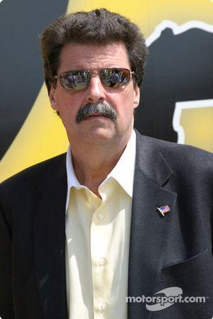 Le Président de la NASCAR Mike Helton