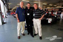 Paul Stoddart et des amis