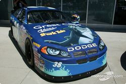 Peinture spéciale sur la Dodge n°38 de Busch Series
