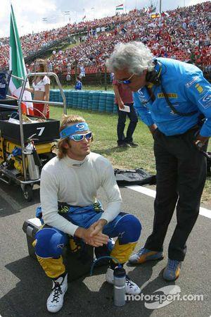 Jarno Trulli ve Flavio Briatore gridde