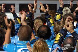 Renault F1 takım elemanları celebrate Podyum finish
