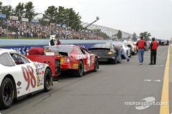 La ligne des voitures avant la course