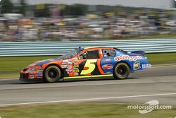 Terry Labonte enters turn one