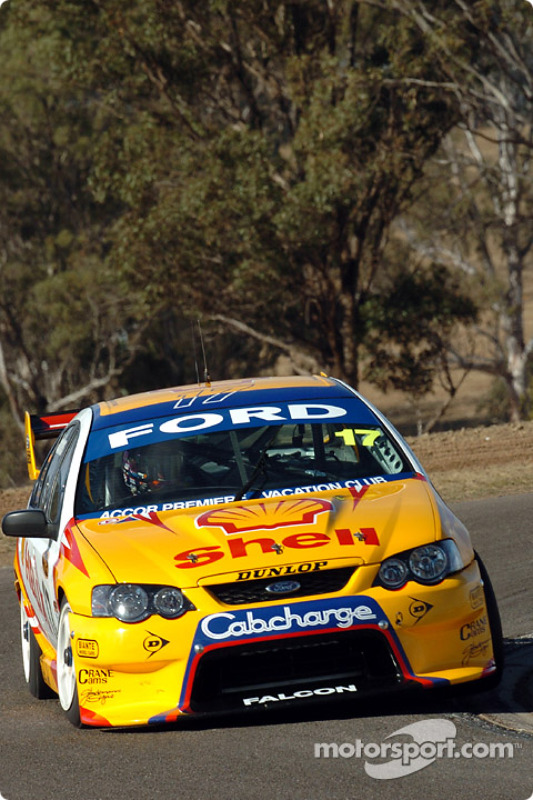 Steven Johnson at turn 2