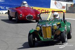 N°55 1951 MG-TD, Karim Marouf, n°91 1952 OSCA MT-4, Bill Perrone