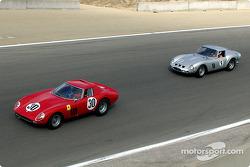 N°30 1964 Ferrari 250 GTO, John McCaw, N° 9 1962 Ferrari 250 GTO, John Mozart
