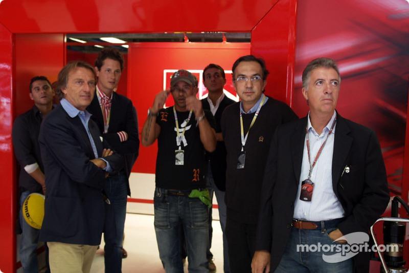 Luca di Montezemolo, John Elkann, Eros Ramazzotti, Sergio Marchionne ve Piero Ferrari