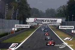 Tour de formation : Rubens Barrichello devant le peloton
