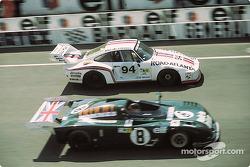 Дон Уиттингтон, Билл Уиттингтон, Франц Конрад, Whittington Brothers Racing, Porsche 935/77 (№94); Крис Крафт, Алан де Кадене, De Cadenet-Lola LM (№8)