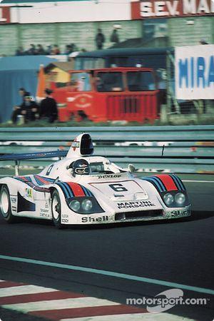 La Porsche 936/78 n°6 Martini Racing Porsche : Bob Wollek, Jürgen Barth, Jacky Ickx