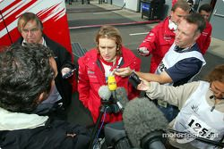 Jarno Trulli parle aux médias