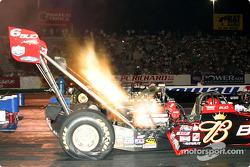 Brandon Bernstein a réalisé la pole en top fuel